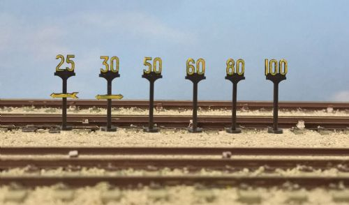 5050 PECO Modelscene Speed Signs
